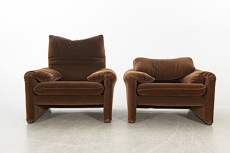Vico magistretti, a pair of maralunga esasy chairs for cassina italy.