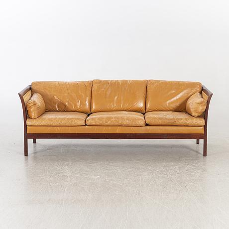 """Arne norell,soffa """"rotang"""", 1900-talets andra hälft."""