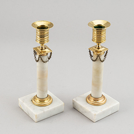 A pair of late-gustavian candlesticks, around year 1800.