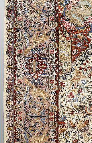 A carpet, figural kashmar, part silk, ca 396 x 294 cm.