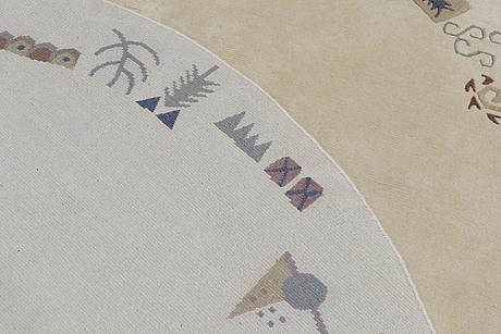 A carpet, nepal, diameter ca 250 cm.