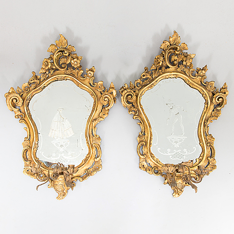 A pair of venetian mirror lamps in rococo style,  20th century.