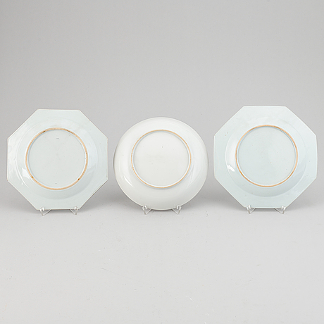Three famille rose export porcelain dishes, qing dynasty, qianlong (1736-95).