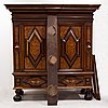 A barocque cabinet from around the year 1700.