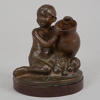 Astri Bergman-Taube, sculpture. Signed. Foundry mark. Bronze. Height 12 cm (inc base).