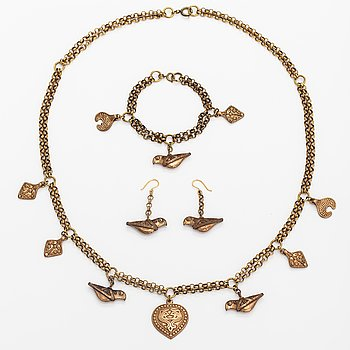 "A bronze necklace, bracelet and earrings ""Treasure collier/collection"". Kalevala Koru, Helsinki."