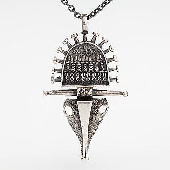 "Jorma Laine, A silver necklace ""Ox head"". Turun Hopea, Turku."