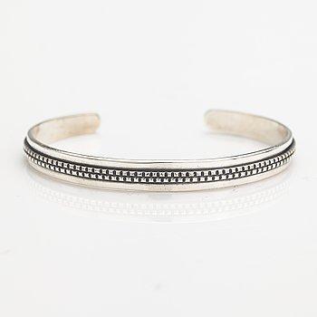 A silver bracelet, model 1269. Kalevala Koru, Helsinki 1964.