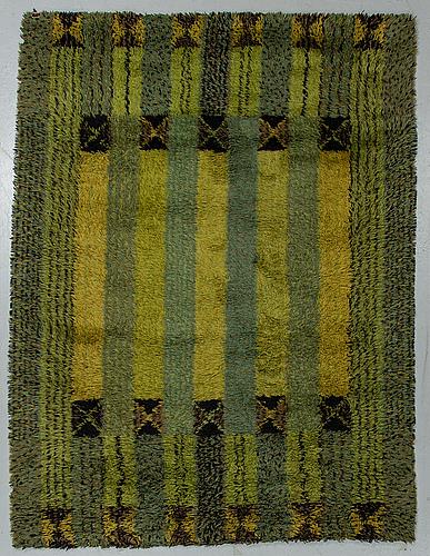 "Marianne richter, a carpet, machine made with pile, ""sturefors"", östergyllen, ca 221 x 160 cm."