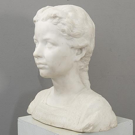 Okänd konstnär 1900-tal , skulptur monogramsignerad ch daterad 1919 (?) alabaster.