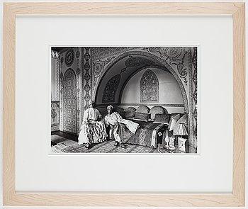 Edouard Boubat, photograph signed on verso.