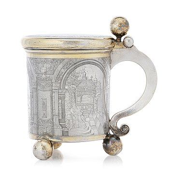 141. A Baltic 17th century parcel-gilt silver tankard, unmarked.
