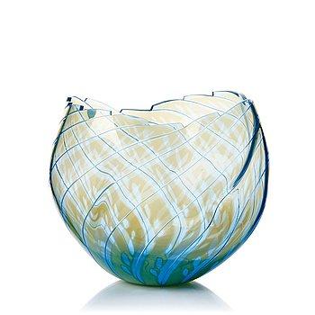 """17. Gunnar Cyrén, a """"graal"""" glass vase, Orrefors, Sweden 1987."""