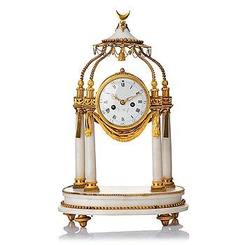 106. A Louis XVI mantel clock.