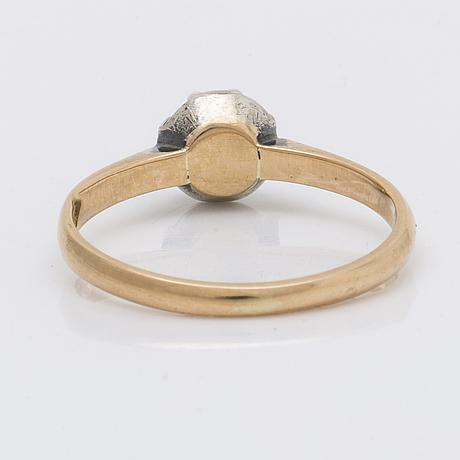 Ring 18k gold w rose-cut diamond approx 0,40 ct.