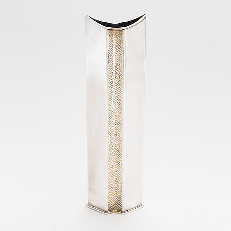 Kaj blomqvist, a silver vase, hämeenlinna 1968.