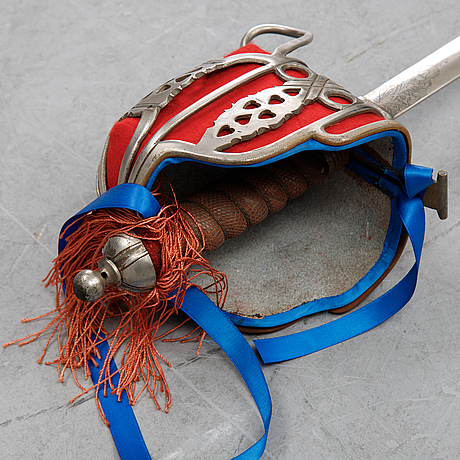 Two highland officer's baskethilted broadsword, end of 20th century.
