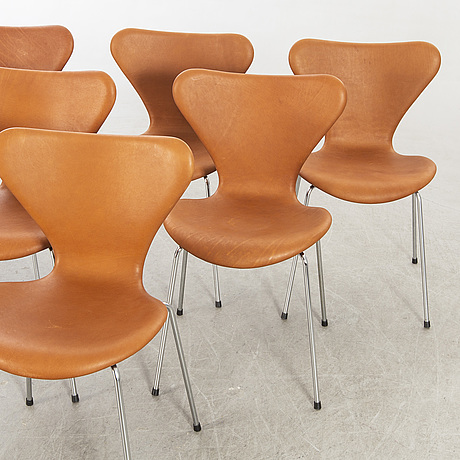 Arne jacobsen a set of six sjuan chairs, for fritz hansen denmark, later part of the 20th century.