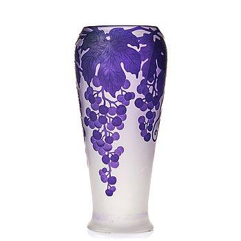 2. Karl Lindeberg, an Art Nouveau cameo glass vase, Kosta Sweden.