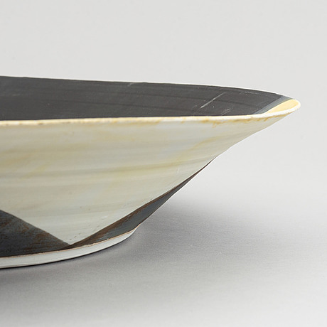 Sidsel hanum, a large stoneware dish, norway 2000's.