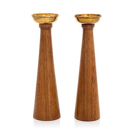Bertel gardberg, a pair of candlesticks finnmade gardberg, norrmark handicraft.