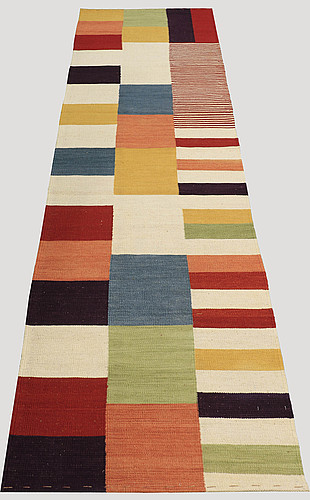 A runner, flat weave, ca 301 x 84 cm.