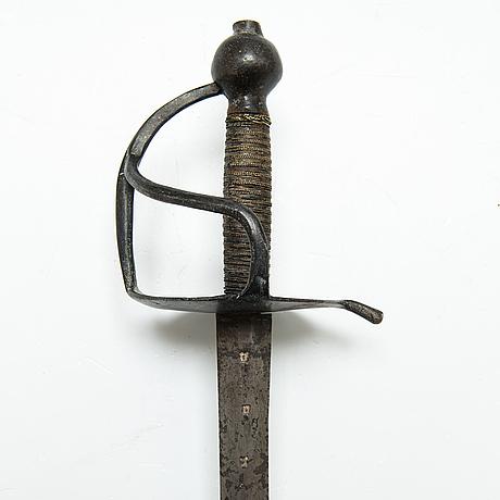 Värja, svensk, m/1685.