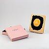 Bok, blandteknik, innehållande 24 litografier och etsningar i original box och omslag.