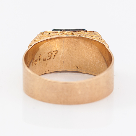 Ring, 14k guld, blodsten, diamanter ca 0.015 ct tot. finland 1976.