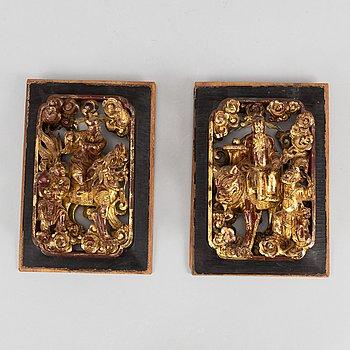 PANELER, två stycken, trä. Qingdynastin, 1800-tal.
