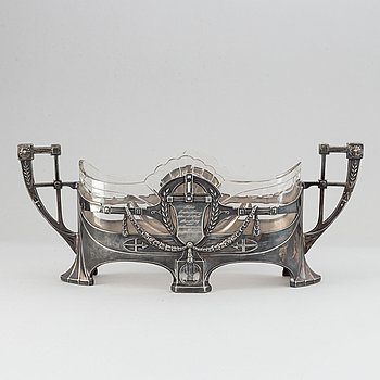 A silver plate and glass jarniniere, Germany, 1909.