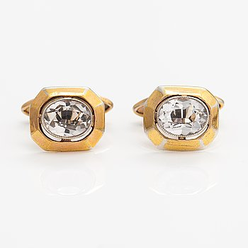 A pair of gilded silver cufflinks with rock crystals. St. Petersburg.