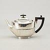 An english 19th century sivler tea pot marks of walter & john barnard,london 1881, total weight ca 480 gr.