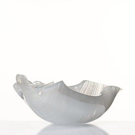 Tyra lundgren, a leaf-shaped iridescent zanfirici bowl, venini, murano, italy post 1938.
