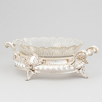 A silver and glass jardiniere,
