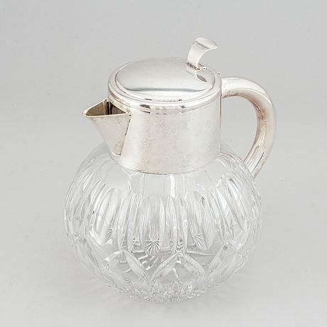 A 20th-century service jug.