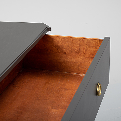 A chest of drawers from the first half of the 20th century.