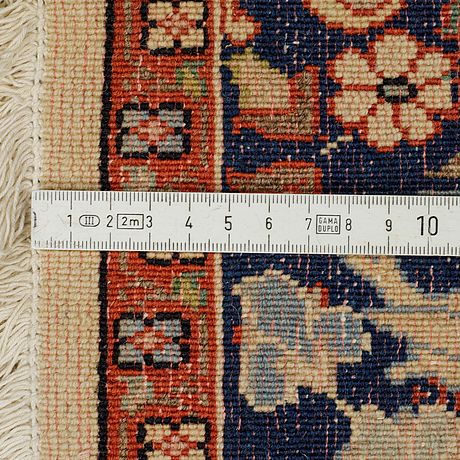 Matta, veramin, sannolikt, ca  155 x 105 cm.