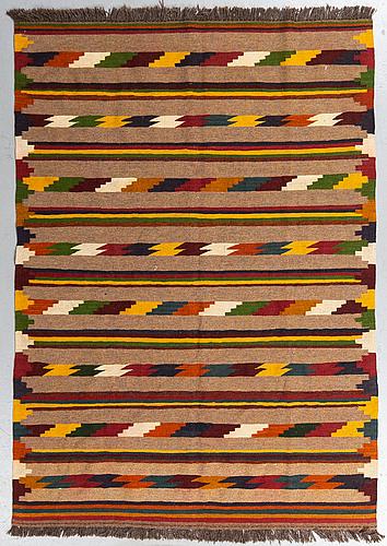 Matta, slätväv, ca  201 x 145 cm.