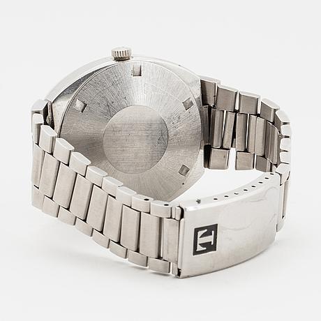 Tissot, newtimer, wristwatch, 39 x 39 (45) mm.