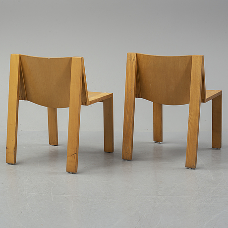 A set of 6 chairs from the second half of the 20th century.