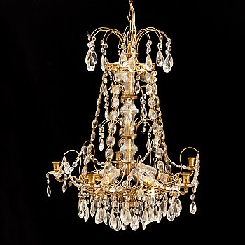 A 20th century gustavian-style chandelier.
