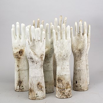 Glove models, 9 pieces, France, about 21th century.