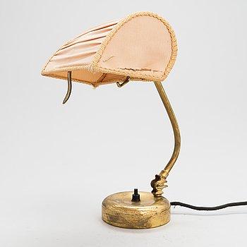 Mauri Almari, a 1950's '61041' table lamp for Idman.