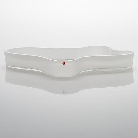 Alvar aalto a '3028' dish signed alvar aalto 417/1989.