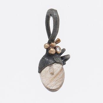 Lynggaard, pendant silver and gold, rutile quartz and 1 brilliant-cut diamond, approx 3x1 cm.
