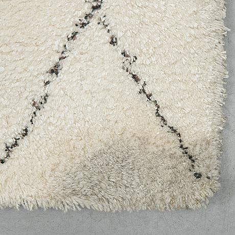 """Matta """"rav 1"""", gunilla lagerhem ullberg, kasthall, ca 392 x 316 cm."""