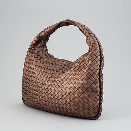 Bottega veneta, a bag.