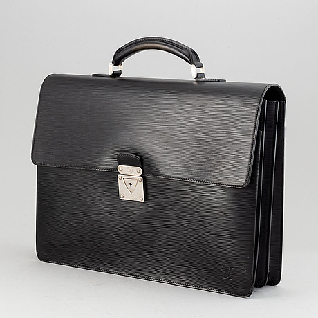 Louis vuitton, a 'neo robusto' briefcase.