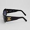 Chanel, solglasögon.